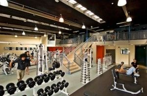 134175838545gorgeous_and_outstanding_interior_design_of_bodyworks_gym_590x389